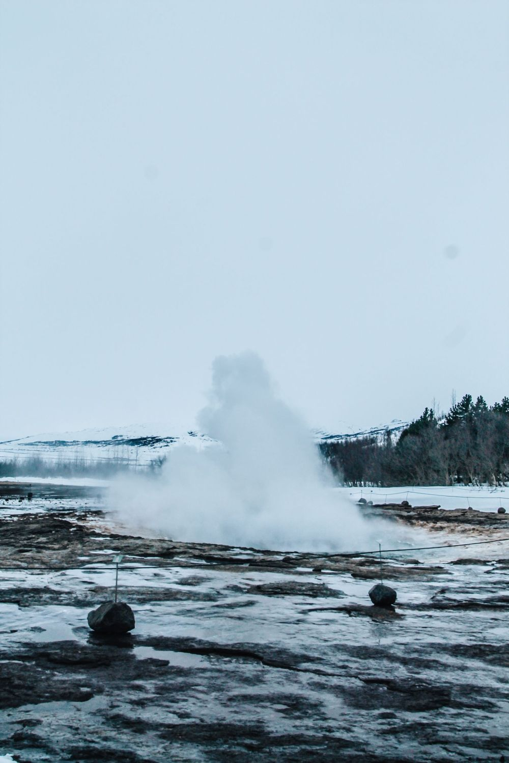 The 1st Day in The Land Of Fire and Ice - Iceland! Lava Baking, Geo-Thermal Pools & The Golden Circle (Part 2) (20)