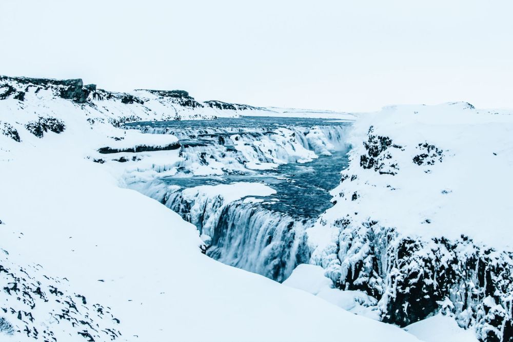 The 1st Day in The Land Of Fire and Ice - Iceland! Lava Baking, Geo-Thermal Pools And The Golden Circle (Part 2) (31)