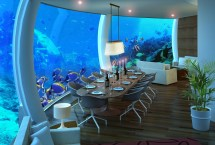 4 Amazing Underwater Hotels Stay In - Hand