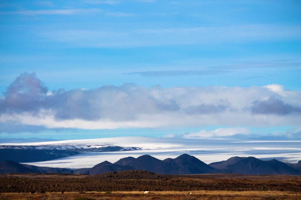 The Northern Lights, Eyjafjallajökull And Þingvellir National Park (10)