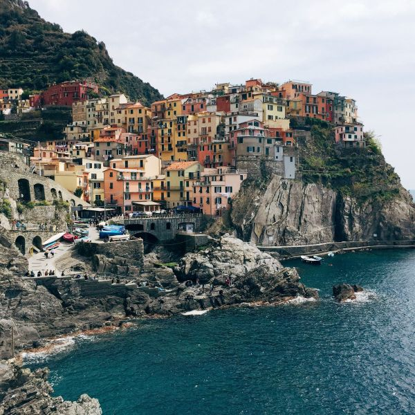 Cinque Terre, Italy, Travel on Hand Luggage Only with Yaya and Lloyd (2)