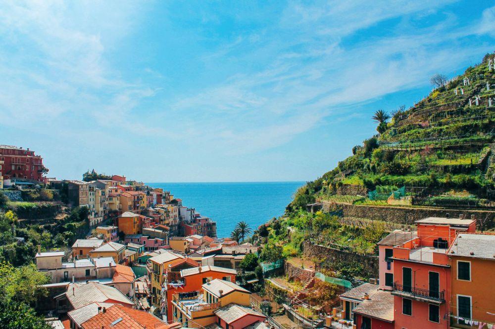 Manarola in Cinque Terre, Italy - The Photo Diary! [2 of 5] (1)