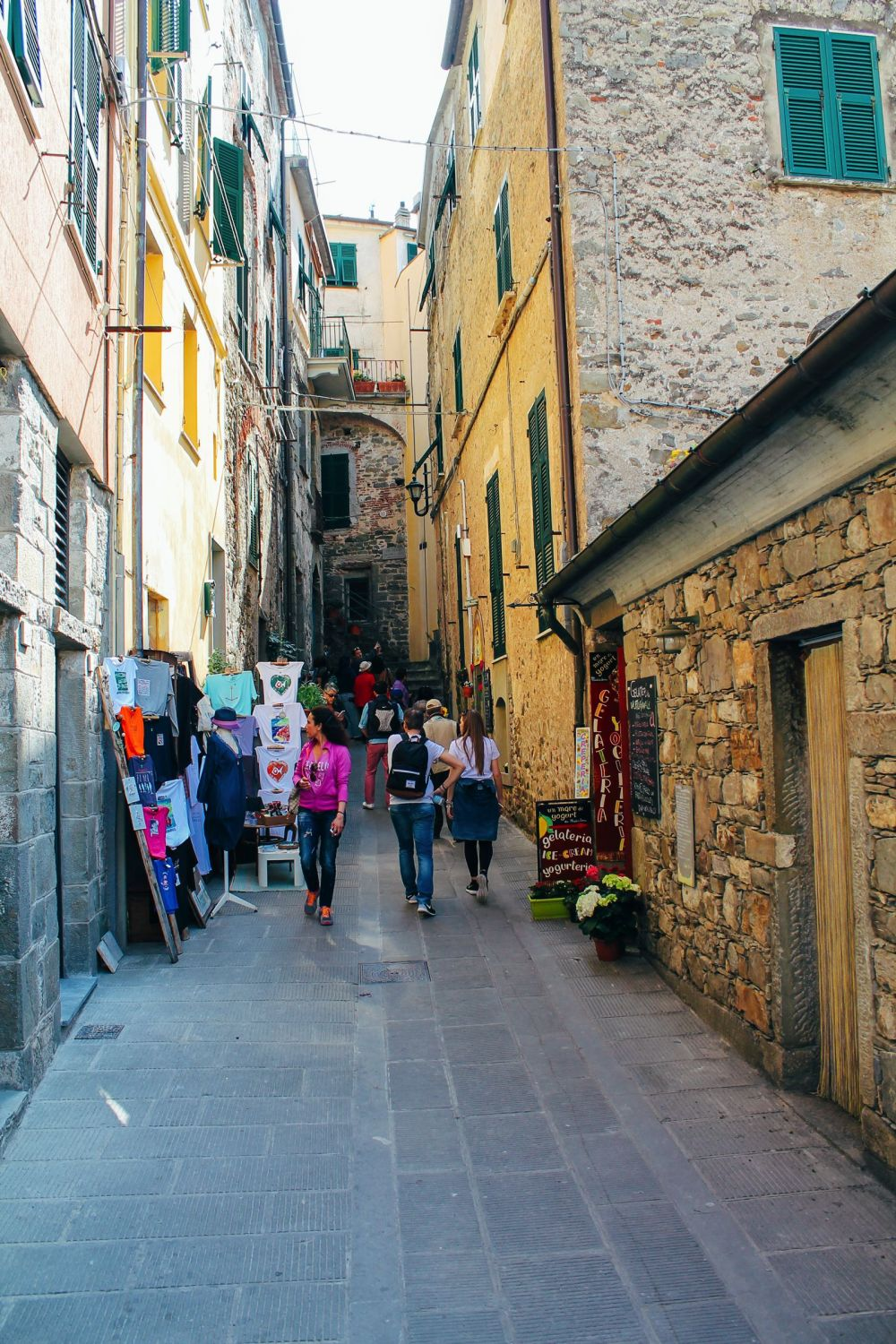 Corniglia in Cinque Terre, Italy - The Photo Diary! [3 of 5] (17)