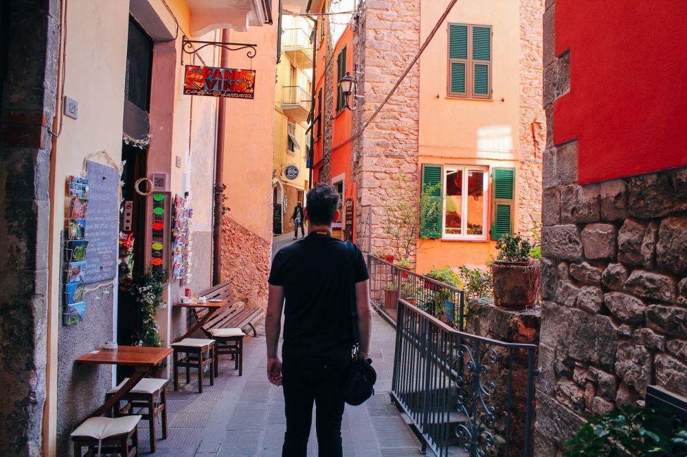 Corniglia in Cinque Terre, Italy - The Photo Diary! [3 of 5] (9)