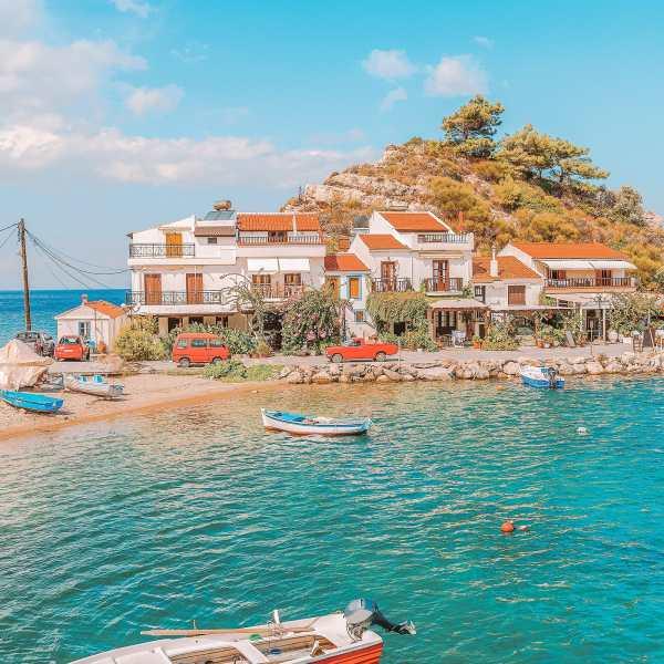 20 Very Best Greek Islands To Visit (18)