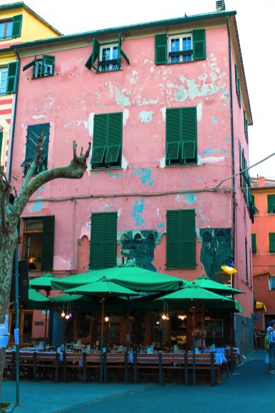 The Complete Guide To Visiting Cinque Terre in Italy! (35)
