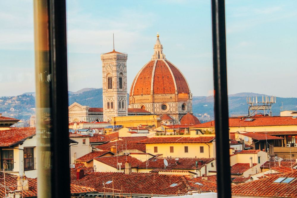 This Is The Best View In Florence, Italy! (3)