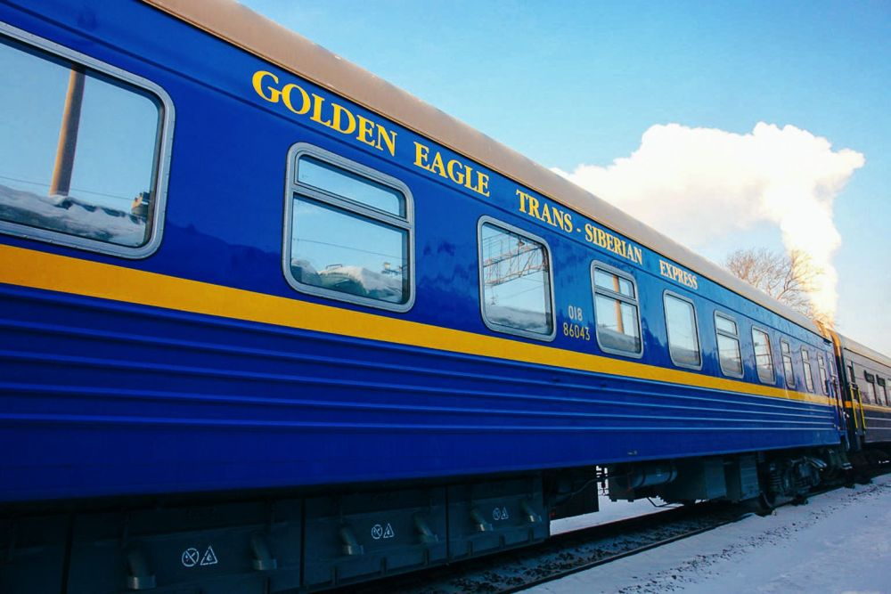 The 15 Most Beautiful Train Journeys Across The World You Have To Travel On! (46)