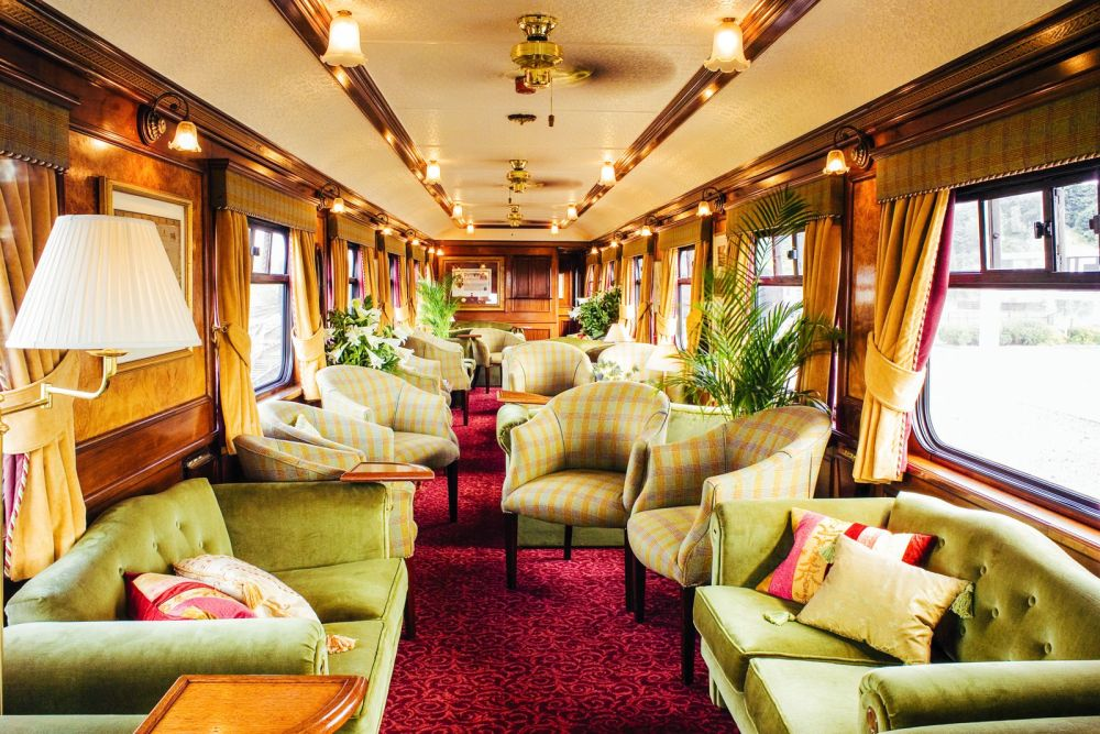 The 15 Most Beautiful Train Journeys Across The World You Have To Travel On! (50)