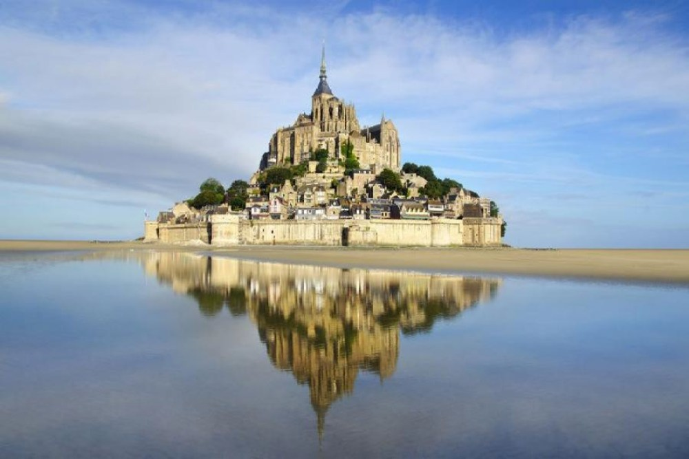 15 Spectacularly Beautiful Places You Must Visit When In France (7)