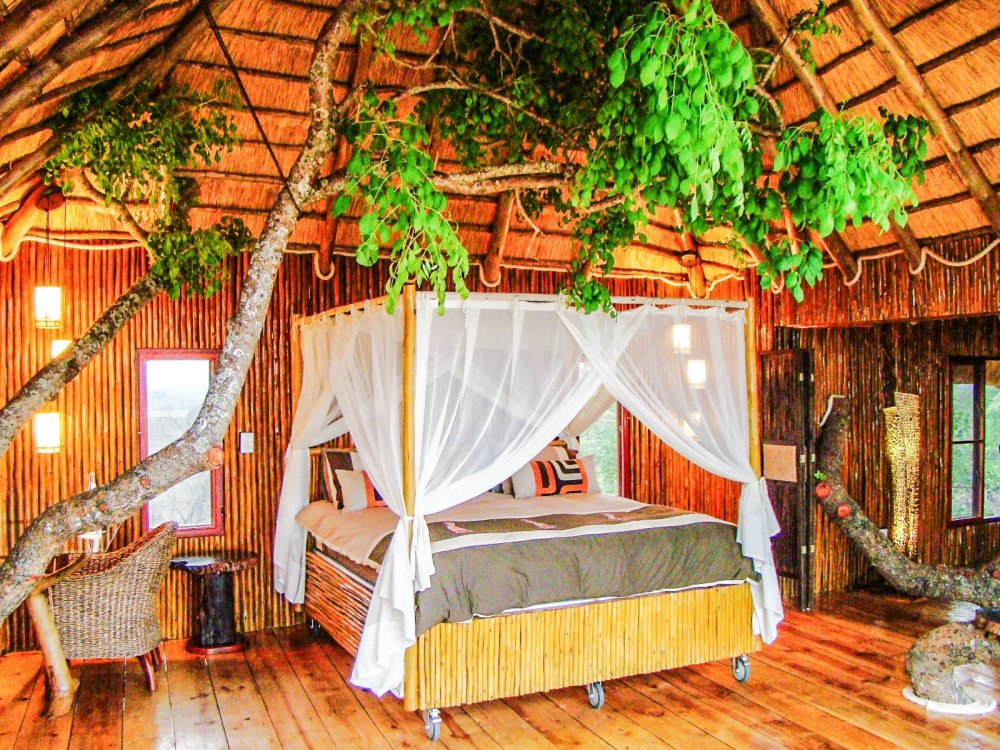 10 Gloriously Quirky Tree Houses To Visit This Year! (17)