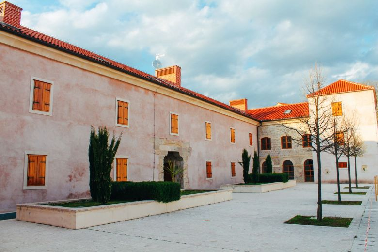 Cave Exploring, Frog Legs and The Old Town Of Sinj In Croatia... (62)
