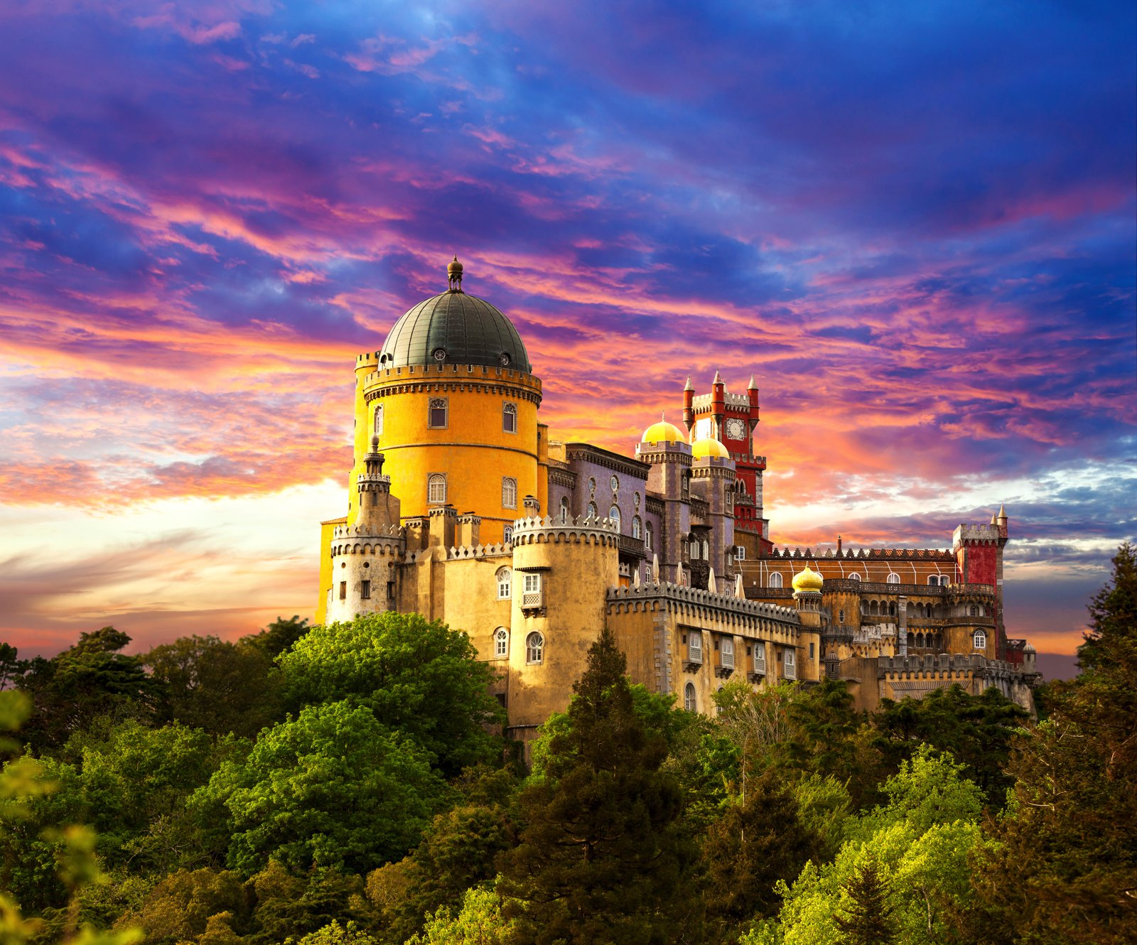 8 Reasons Why You Have To Visit Sintra In Portugal! (8)