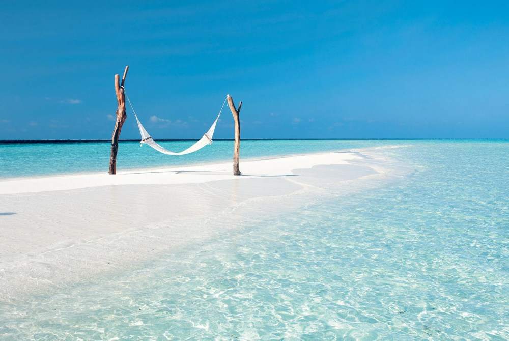 12 Idyllically Perfect Travel Experiences Across The World You Need To Have! (23)