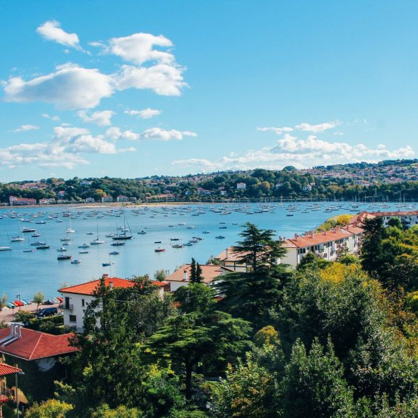Photo Diary: Hondarribia - The Beautiful Seaside Town In The Basque Country (7)