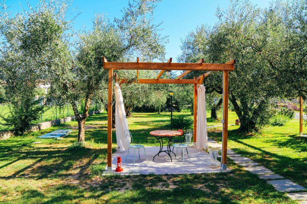 Cinque Terre To Pisa: Italy Road Trip On A Rickshaw (11)