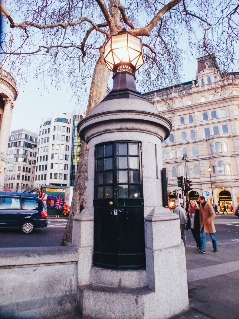 The Smallest Police Station in the UK - 14 Things You Cannot Miss In London
