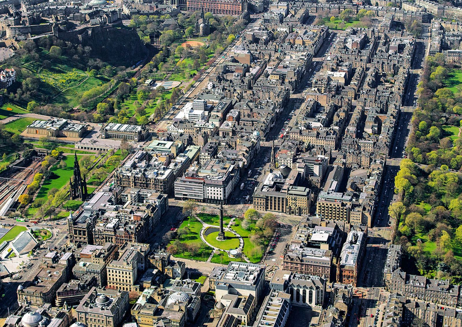 Resultado de imagem para edinburgh