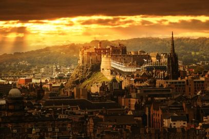 14 Essential Experiences You Have To Have In Edinburgh (15)