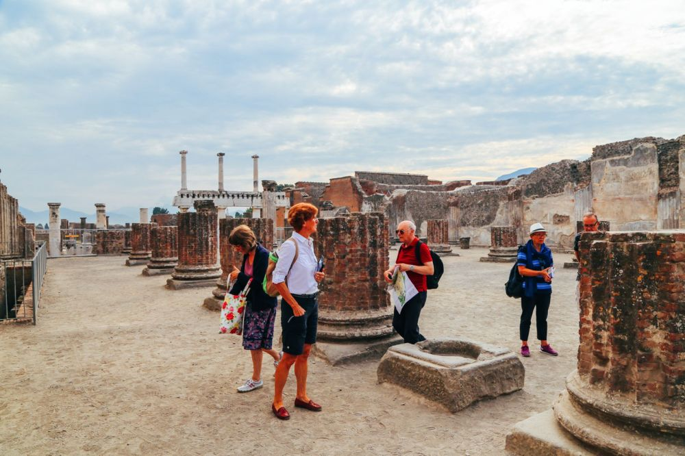 The Ancient City Of PompeiI (4)