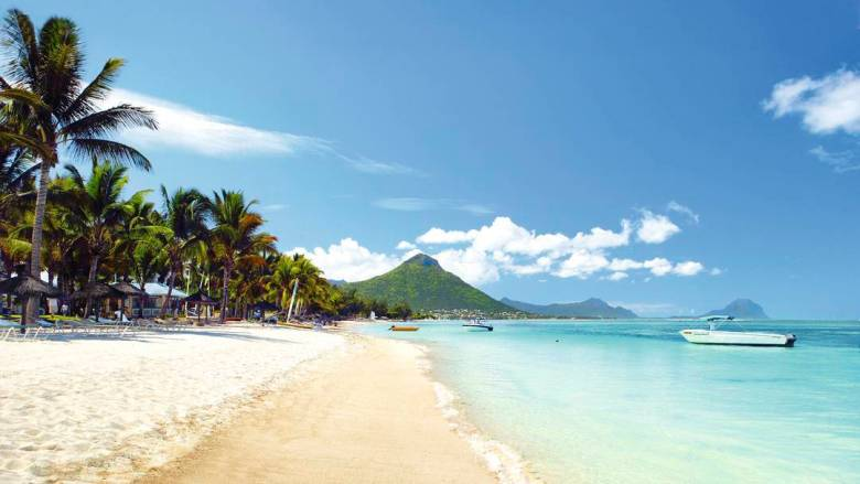 11 Dreamy Beaches You Will Want To Explore In Mauritius - 2 - (1)