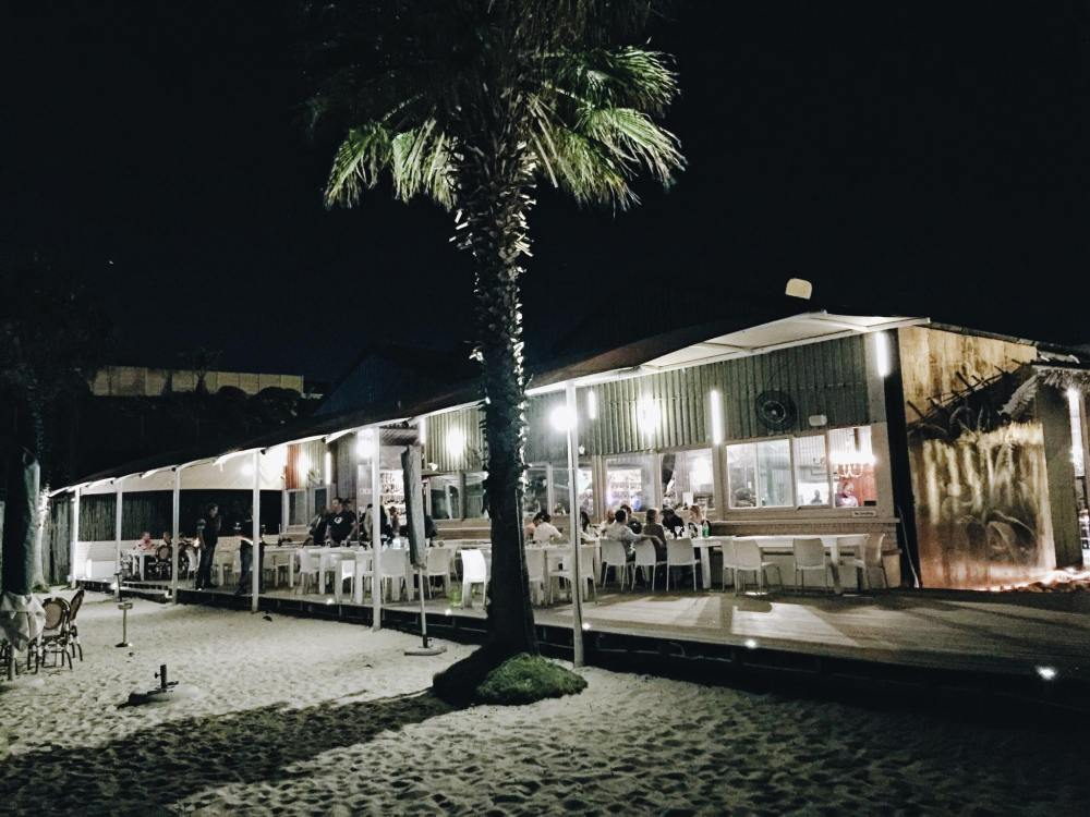 My Recommendation For Dinner + Drinks By The Beach In Cape Town, South Africa (1)