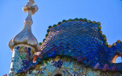 6 Must See Buildings By Gaudi In Barcelona (41)
