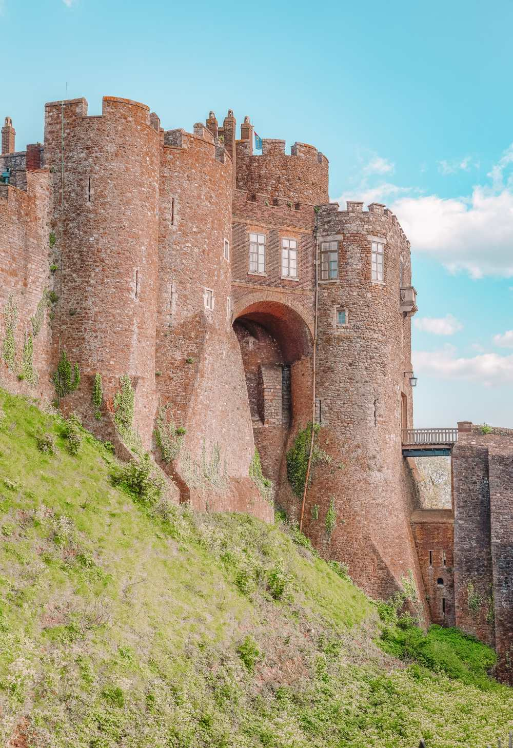 17 Best Castles In England To Visit (9)