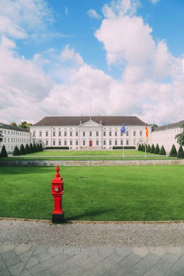 Sightseeing In Berlin, Germany - Part 1 (2)