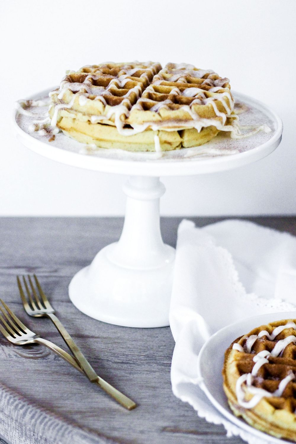 How To Make Indulgently Fluffy Gin And Tonic Waffles (3)