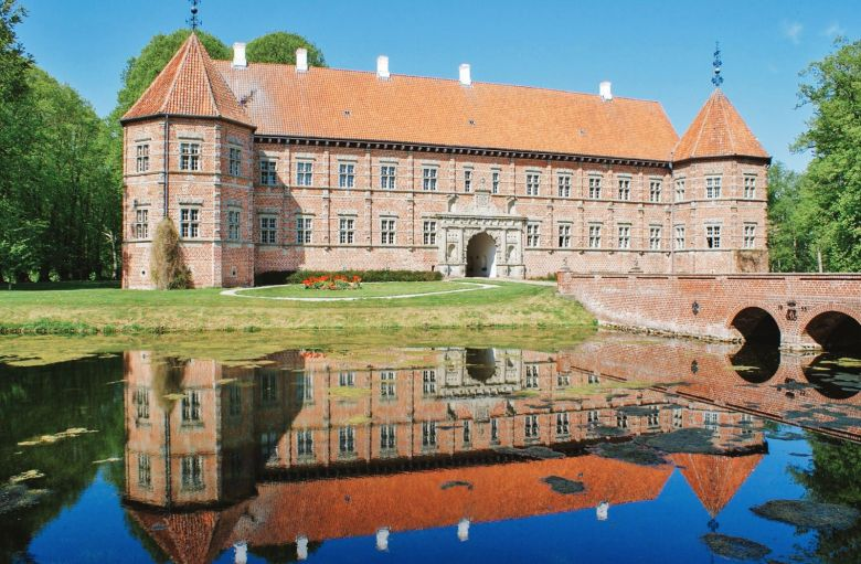 10 Fairytale Castles You Will Want To Visit In Denmark (8)