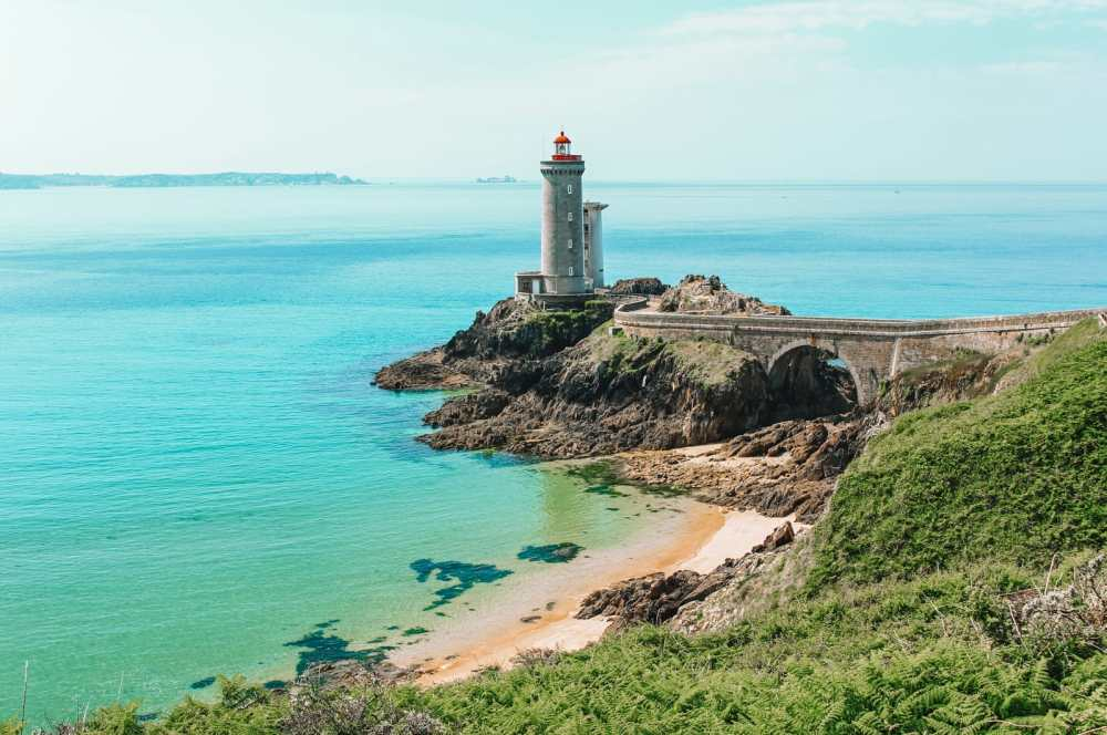 11 Timeless Places You'll Want To Visit On The West Coast Of France (8)