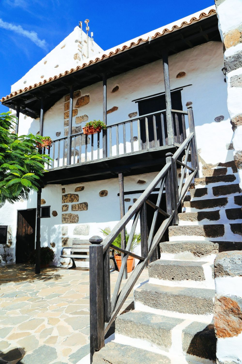 Here's Why You Should Visit The Tiny Town Of Betancuria In, Fuerteventura In The Canary Islands (18)