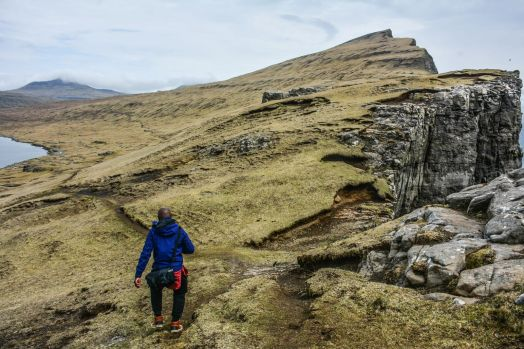 11 Dramatic Sights You Have To Explore In The Faroe Islands (3)