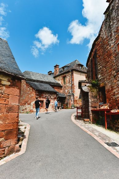 This Is The Most Beautiful Village In France - Collonges-La-Rouge (37)
