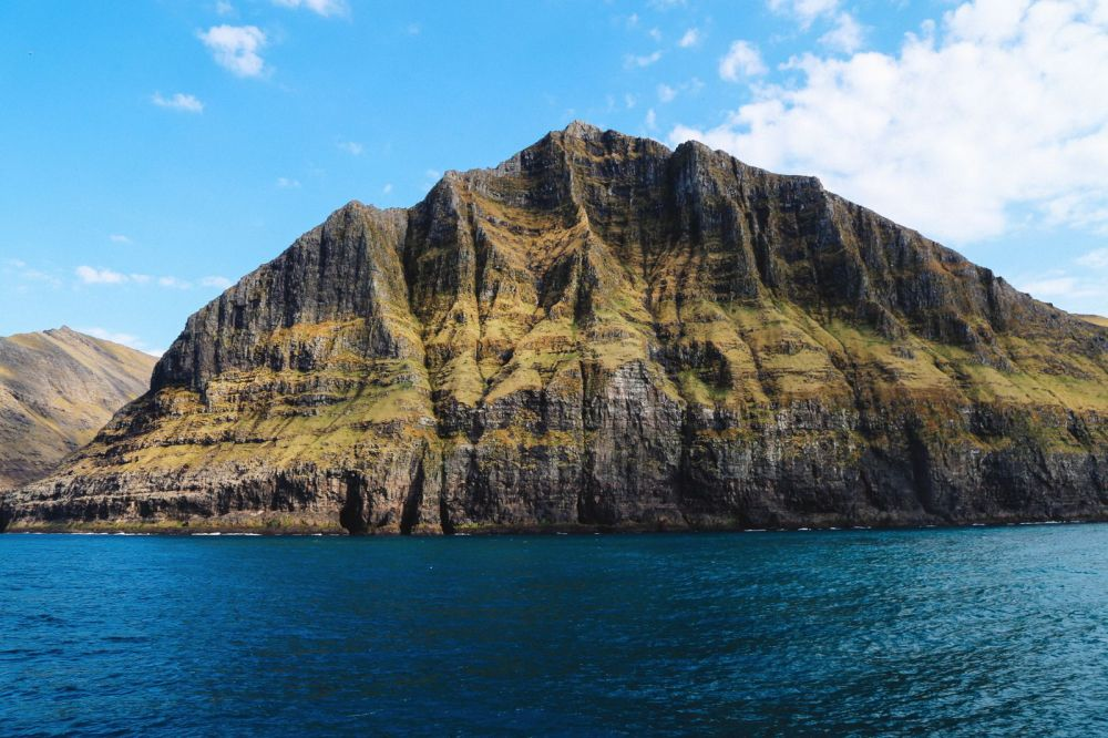Around The Faroe Islands In 80 Minutes! (56)