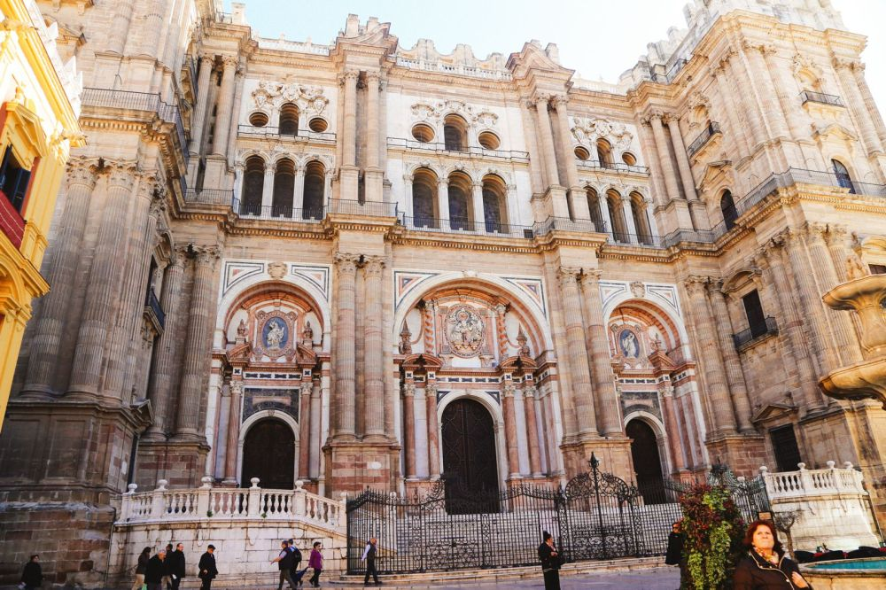 Photo Diary: A Jaunt Through The City of Malaga In Spain (11)