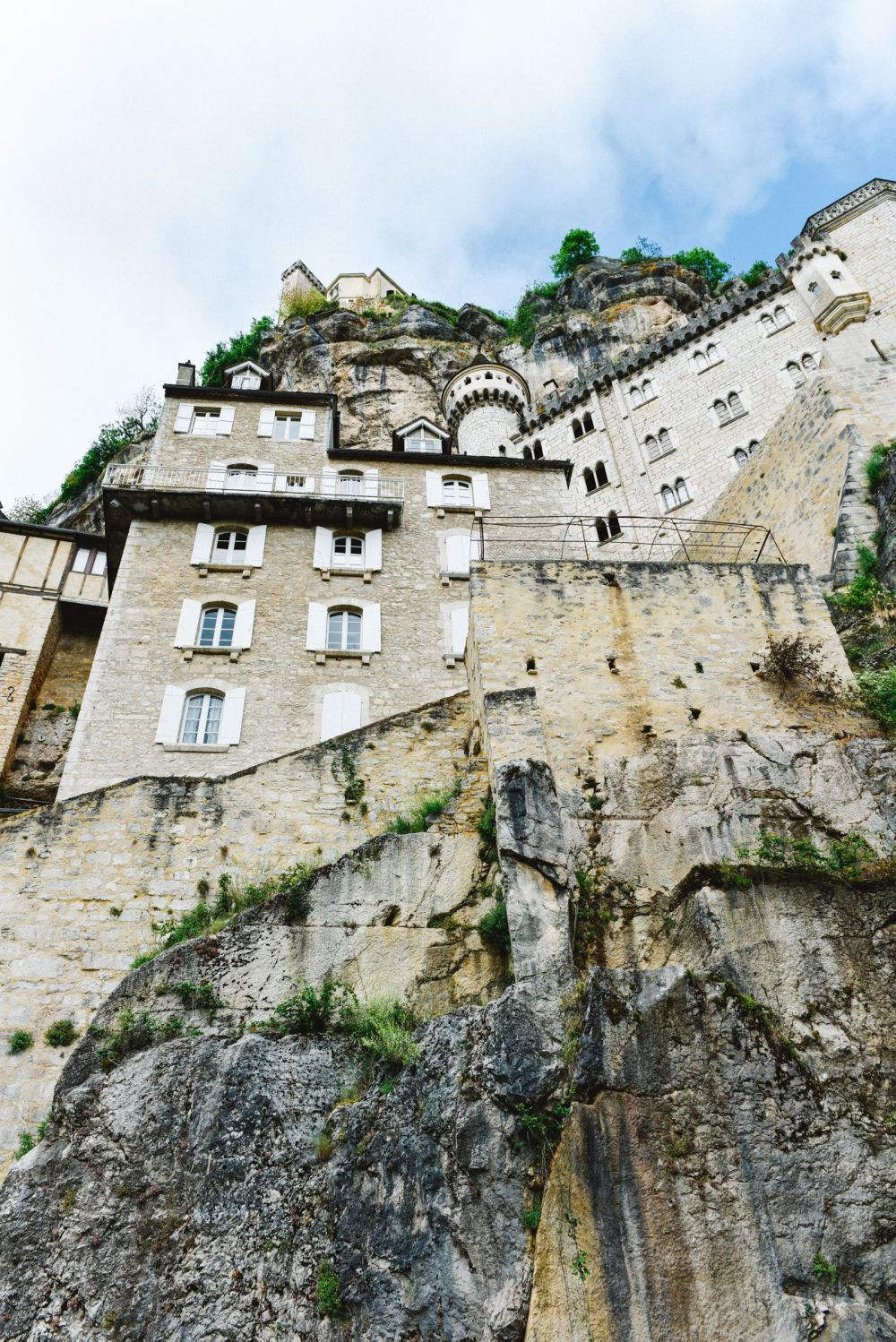 This Is The Most Dramatic Village In France - Rocamadour (20)