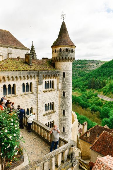 This Is The Most Dramatic Village In France - Rocamadour (45)