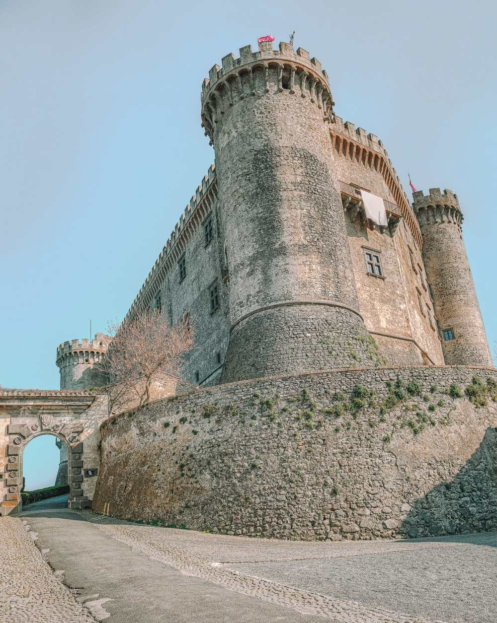 10 Very Best Castles In Italy To Visit (5)