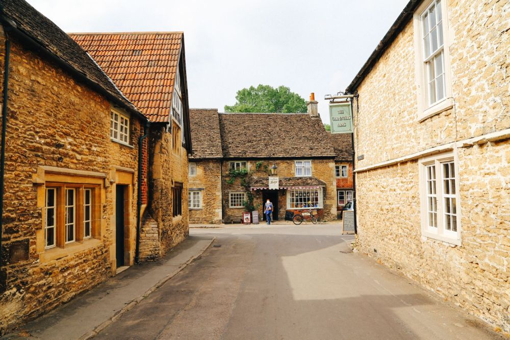 Inside The Beautiful Cotswolds Village Of Lacock... (16)