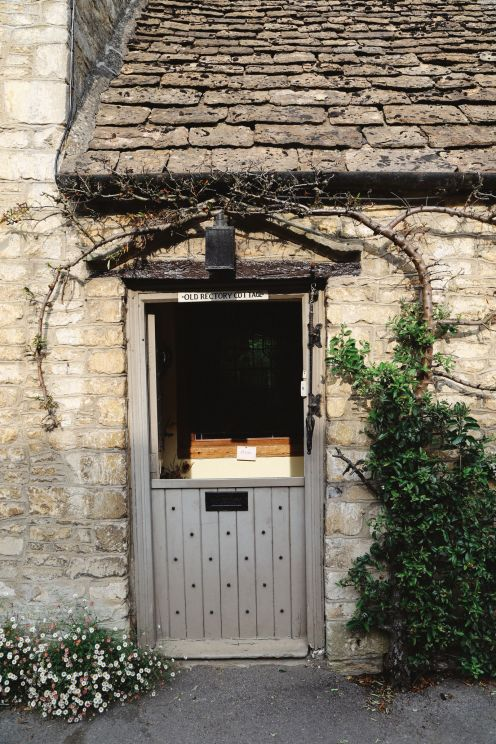 Exploring One Of England's Most Beautiful Villages - Castle Combe (27)
