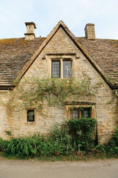 In Search Of The Most Beautiful Street In England - Arlington Row, Bibury (19)