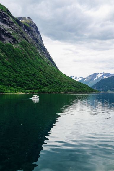 Alesund To Solavågen To Festoy To Leknes To Oye... One Of Norway's Most Scenic Driving Routes (37)