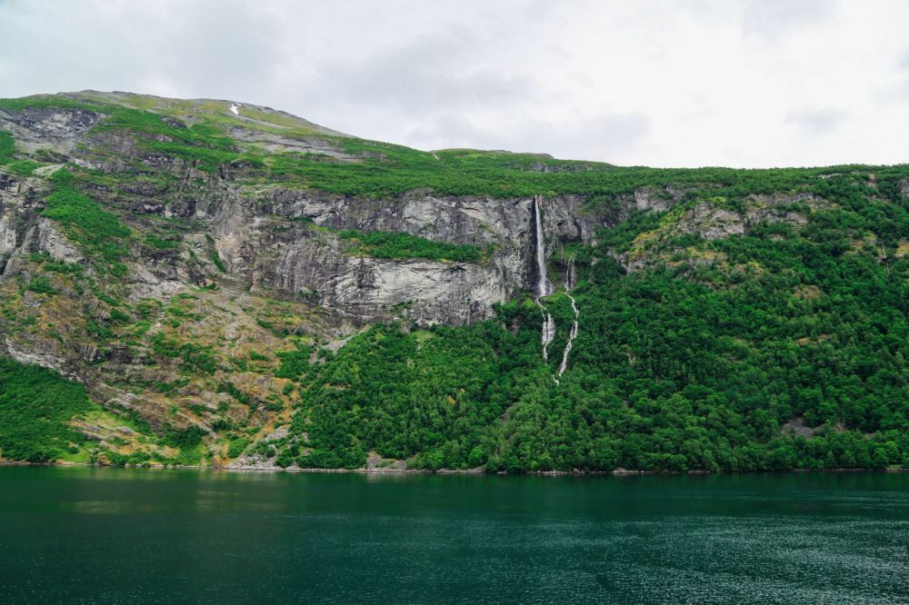 A Journey Through The Beautiful Geirangerfjord, Norway (25)