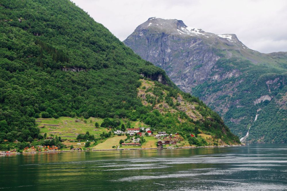 A Journey Through The Beautiful Geirangerfjord, Norway (27)