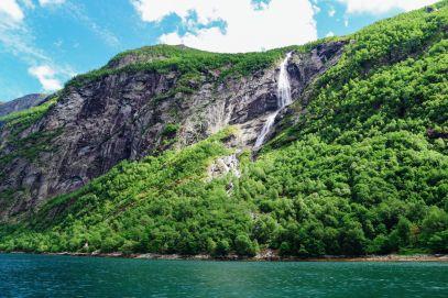 Rib-Boating The Geirangerfjord (10)