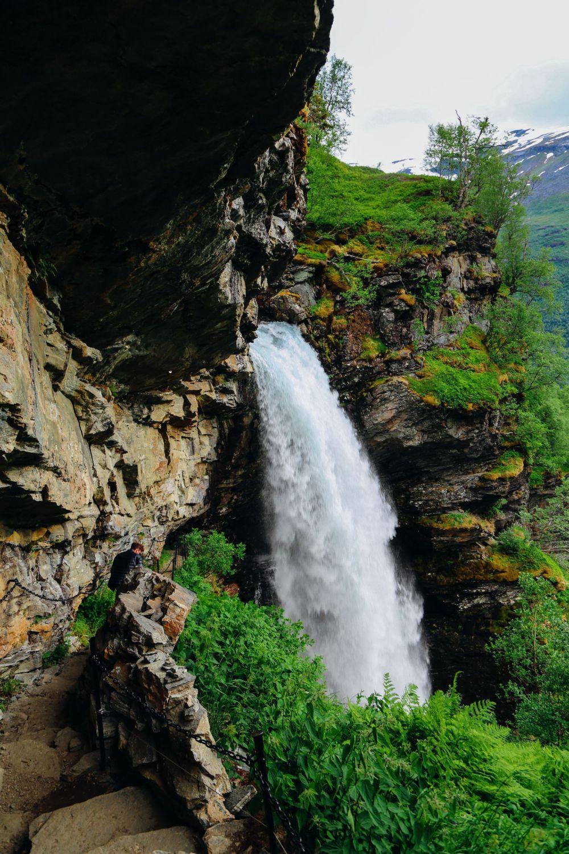 Exploring Storseterfossen Waterfall - A Waterfall In Norway You Can Walk Behind! (20)