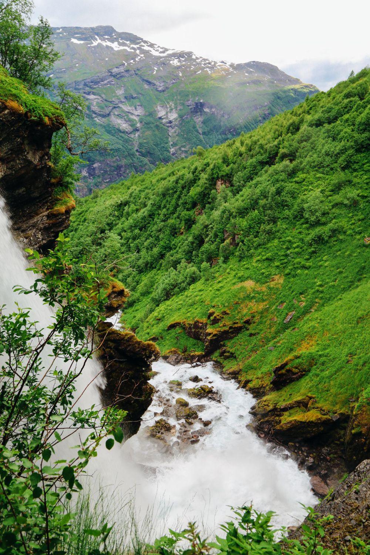 Exploring Storseterfossen Waterfall - A Waterfall In Norway You Can Walk Behind! (27)