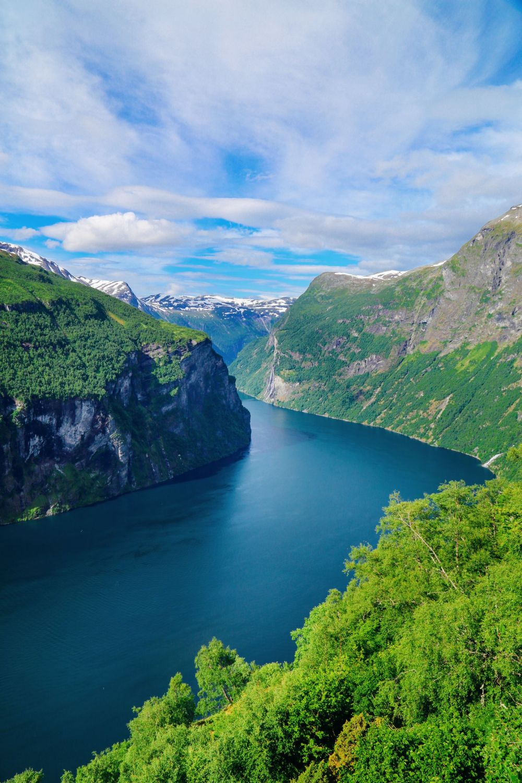 Exploring Storseterfossen Waterfall - A Waterfall In Norway You Can Walk Behind! (37)